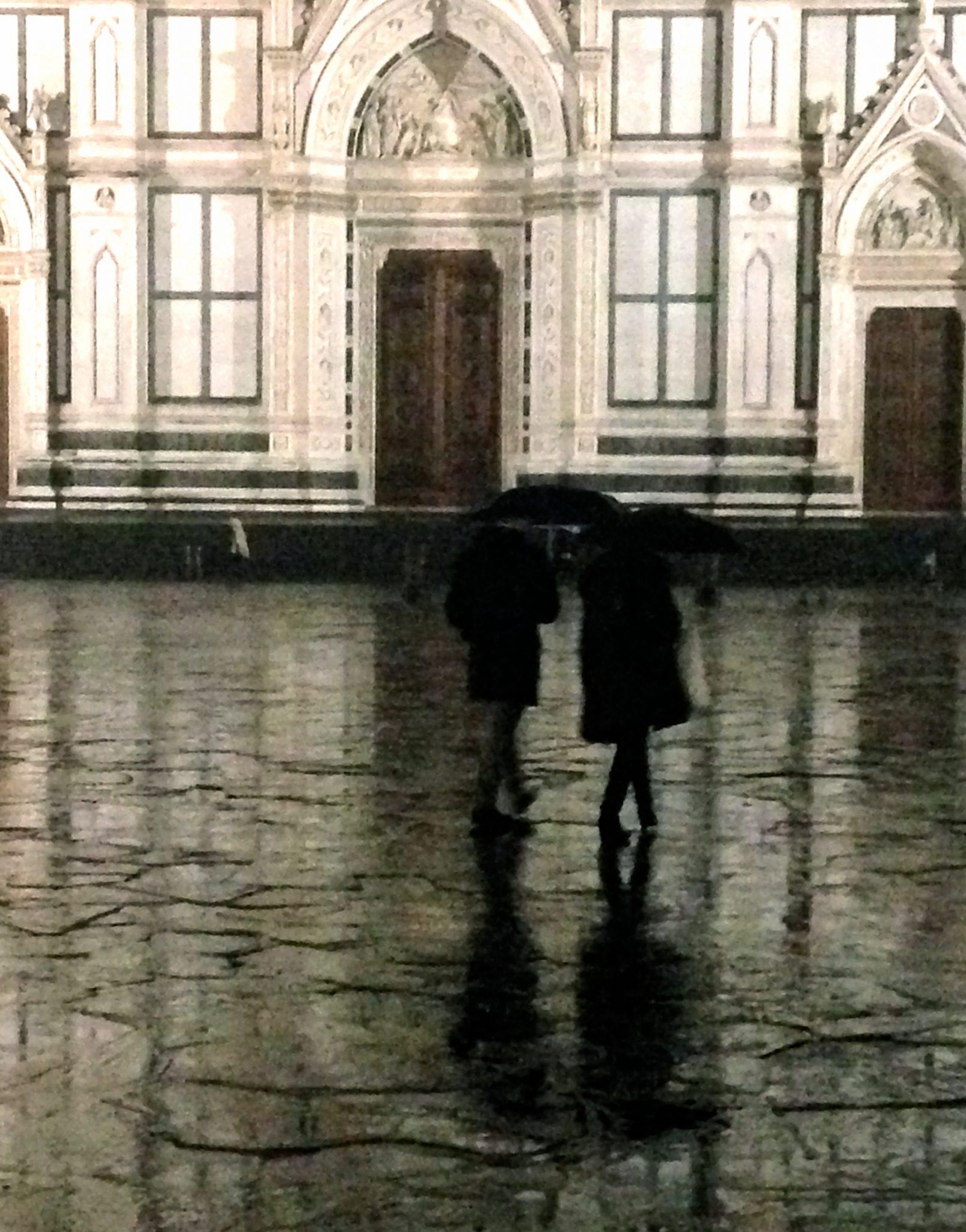 Massimo Adinolfi - Sotto la pioggia a Santa Croce, Firenze 2013